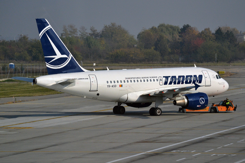A318-111 TAROM Romanian Air Transport YR-ASD Bucharest_Otopeni (OTP/LROP) November_06_2015