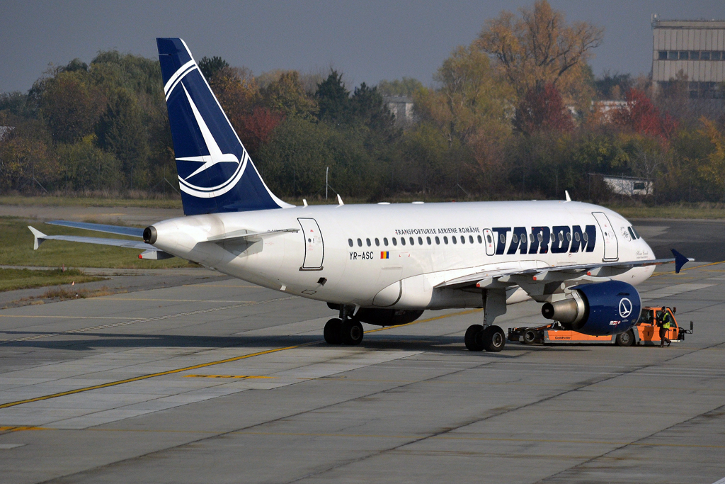 A318-111 TAROM Romanian Air Transport YR-ASC Bucharest_Otopeni (OTP/LROP) November_06_2015
