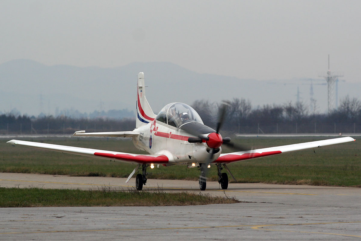 Pilatus PC-9M Croatia Air Force HRZ 057 Zagreb_Pleso (ZAG/LDZA) December_9_2011