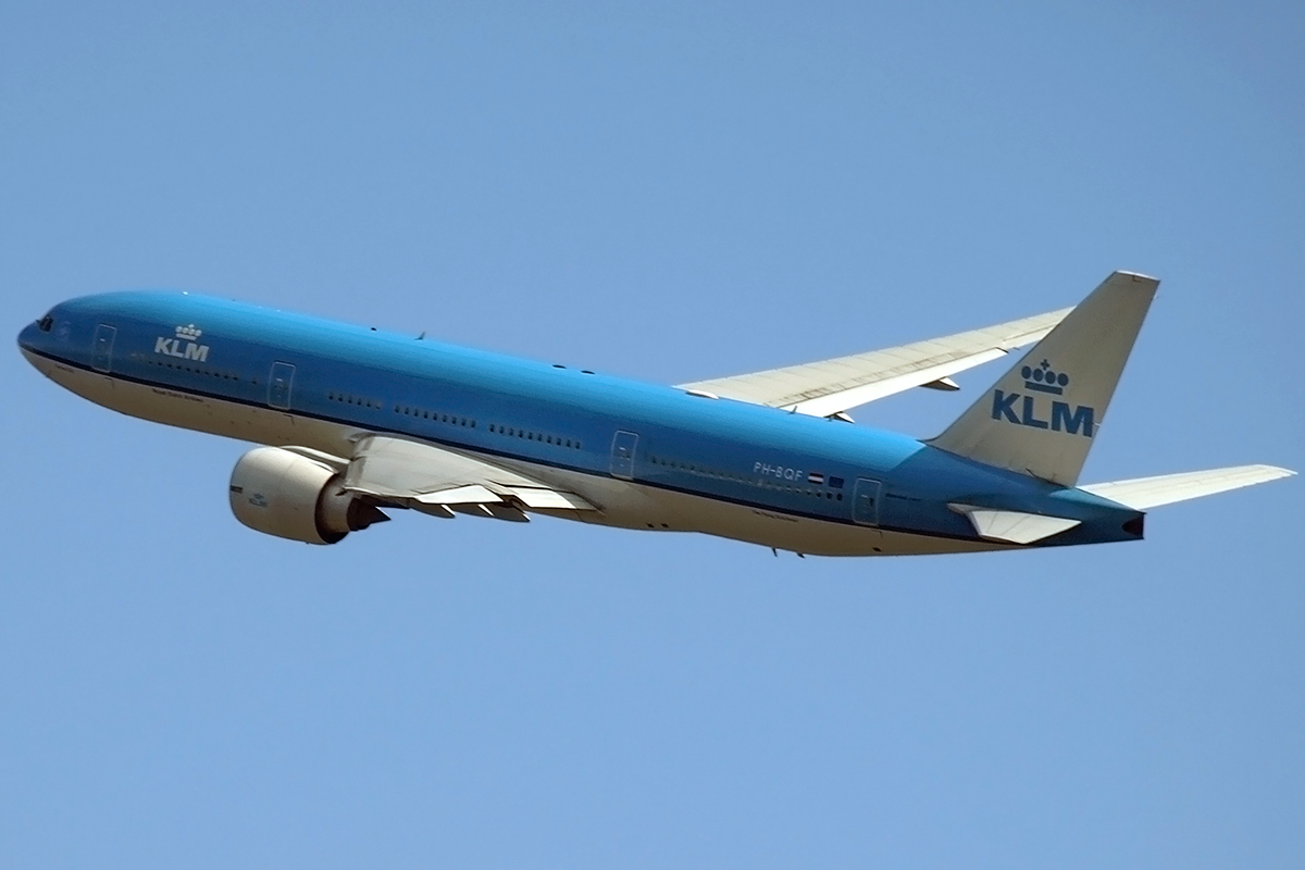 B777-206/ER KLM - Royal Dutch Airlines PH-BQF Amsterdam_Schiphol March_19_2008