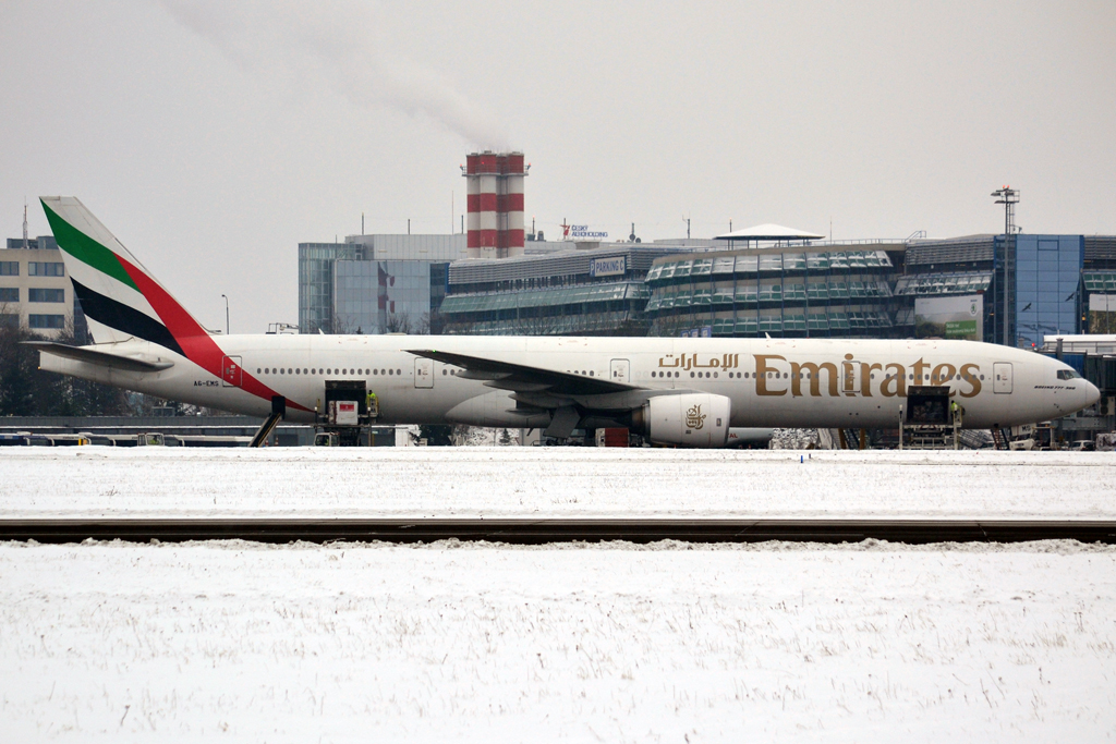 B777-31H Emirates A6-EMS Prague_Ruzyne (PRG/LKPR) January_26_2013