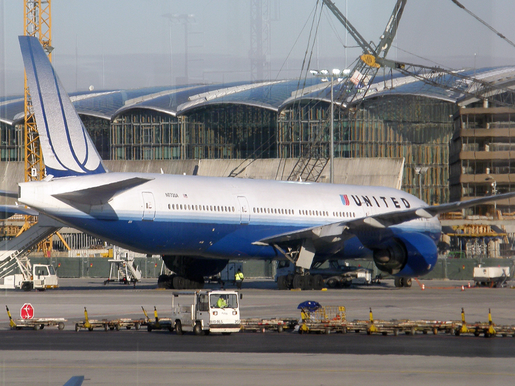 B777-222 United Airlines N772UA Frankfurt_Main March_08_2010