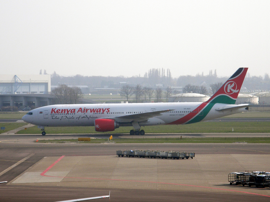 B777-2U8/ER Kenya Airways 5Y-KQT Amsterdam_Schiphol March_16_2011