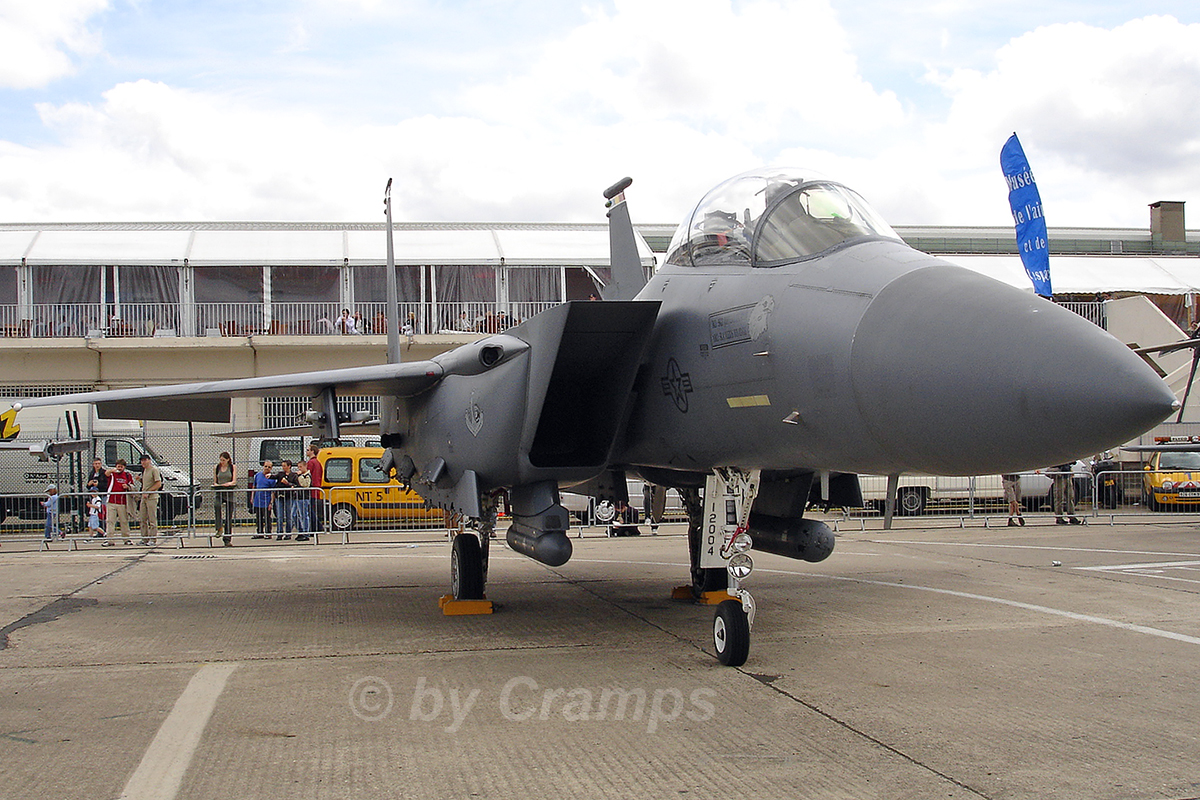 Boeing F-15E Strike Eagle USAF 01-2004 Paris_Le_Bourget June_24_2007 A