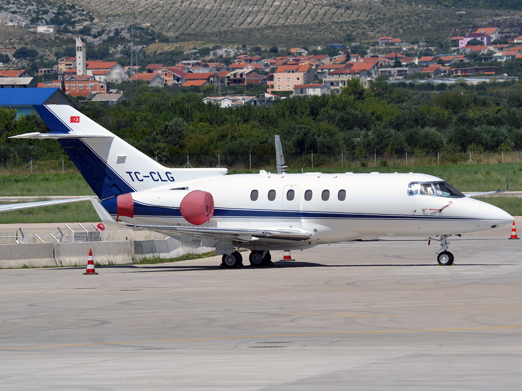Hawker Beechcraft 900XP Servis Air Hava Isletmesi TC-CLG Split_Resnik (SPU/LDSP) August_6_2011