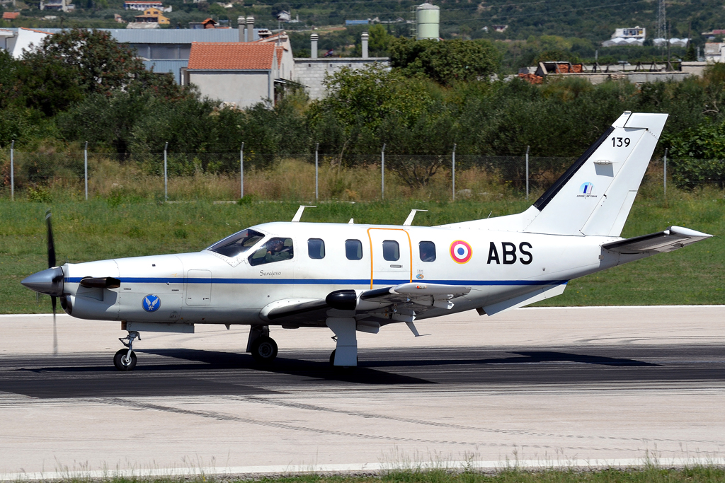 Socata TBM-700B France Army 139/ABS Split_Resnik (SPU/LDSP) August_6_2011