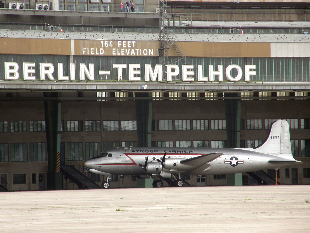 Douglas C-54G Skymaster (DC-4) USA Air Force 5557 Berlin_Tempelhof June_13_2010