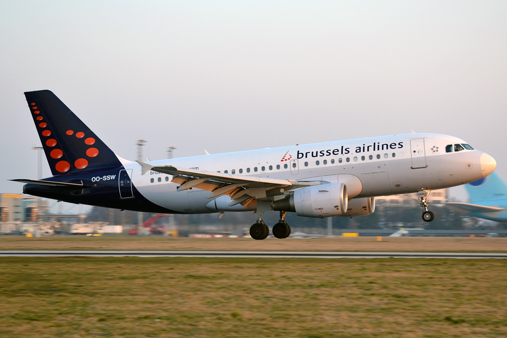 A319-111 Brussels Airlines OO-SSW Prague_Ruzyne (PRG/LKPR) March_14_2014