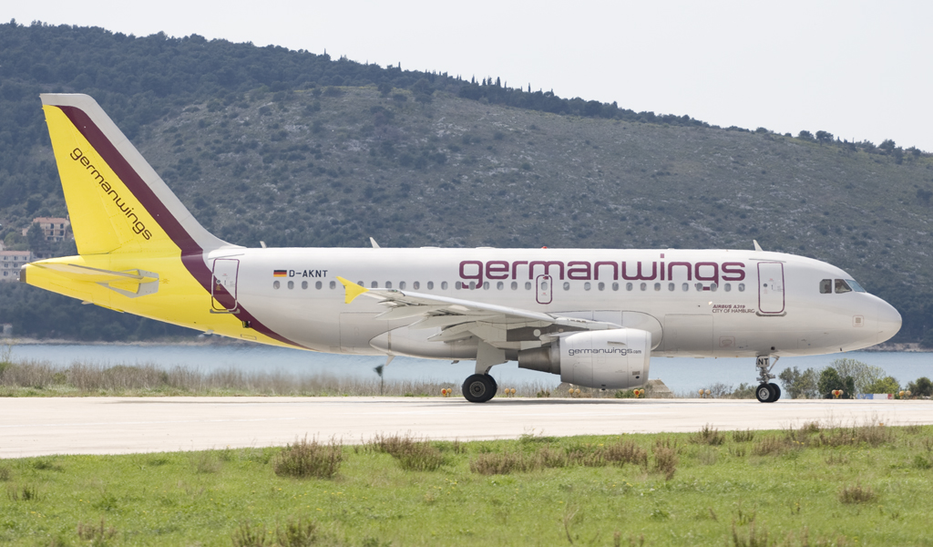 A319-112 Germanwings D-AKNT Split_Resnik (SPU/LDSP) April_4_2008