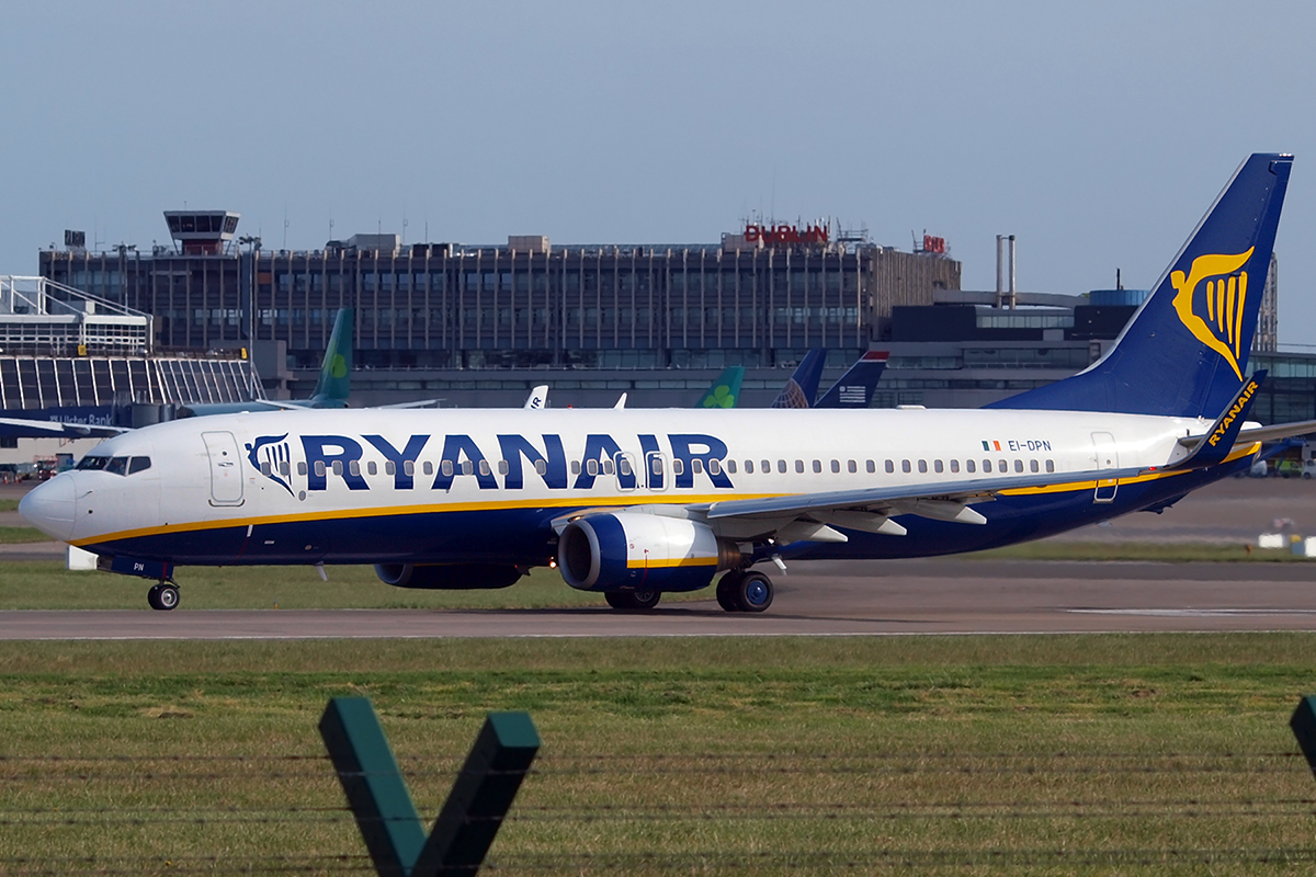 B737-8AS Ryanair EI-DPN Dublin_Collinstown April_5_2009