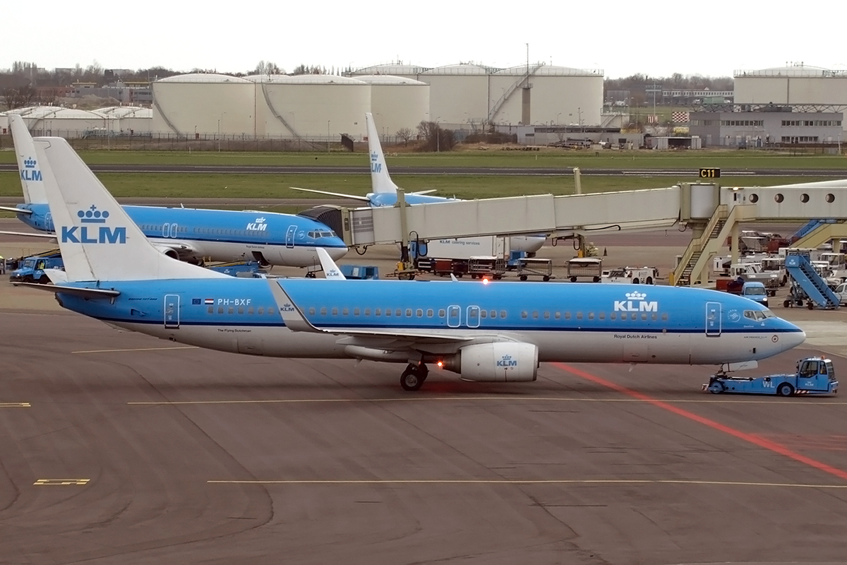 B737-8K2 KLM - Royal Dutch Airlines PH-BXF Amsterdam_Schiphol March_17_2008