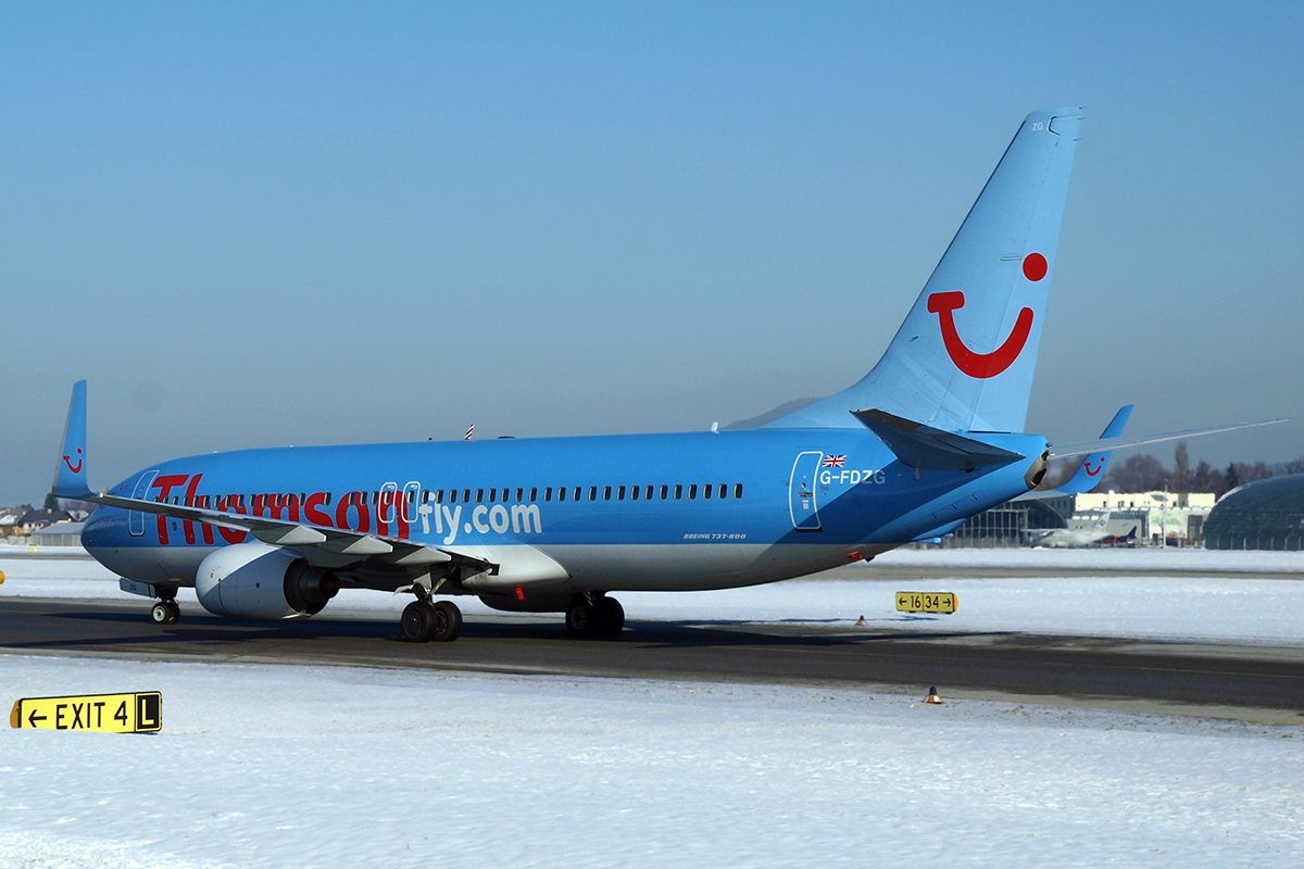 B737-8K5 Thomsonfly (Thomson Airways) G-FDZG Salzburg January_16_2010