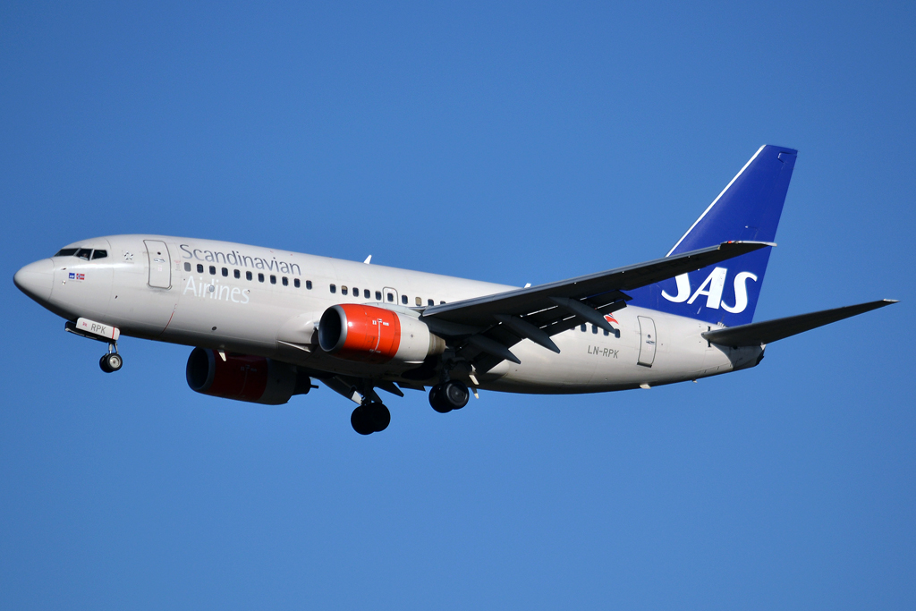 B737-783 SAS Scandinavian Airlines LN-RPK Prague_Ruzyne (PRG/LKPR) February_03_2013
