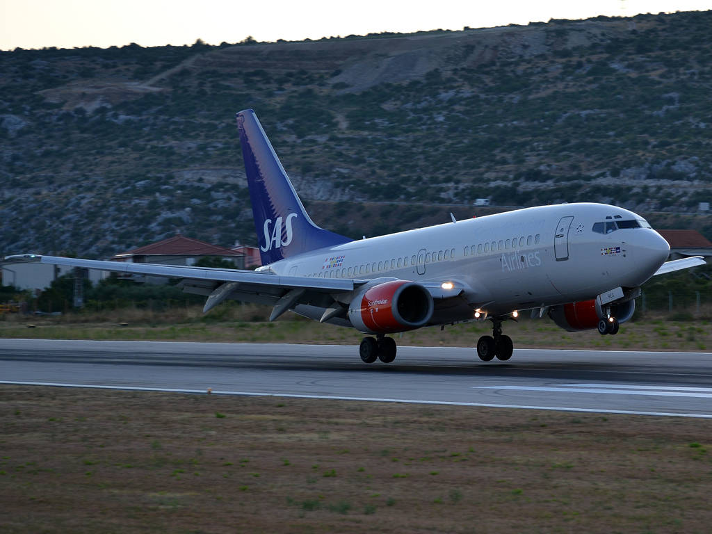 B737-7BX SAS Scandinavian Airlines SE-RES Split_Resnik (SPU/LDSP) August_04_2012
