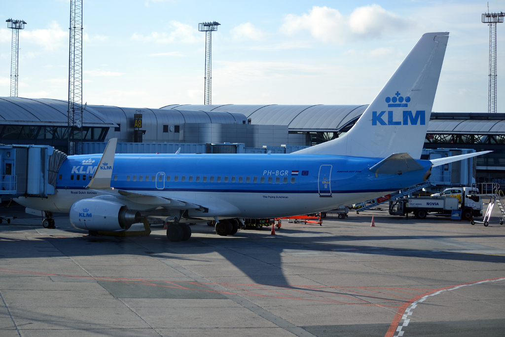 B737-7K2 KLM Royal Dutch Airlines PH-BGR Copenhagen_Kastrup (CPH/EKCH) March_05_2012