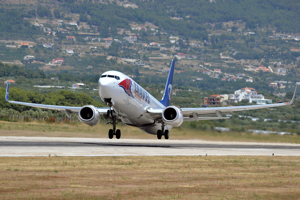 B737-8Q8 Travel Service OK-TVH Split_Resnik (SPU/LDSP) August_04_2012