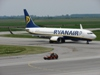 B737-8AS Ryanair EI-DCO Osijek-Klisa (OSI/LDOS) May_06_2009